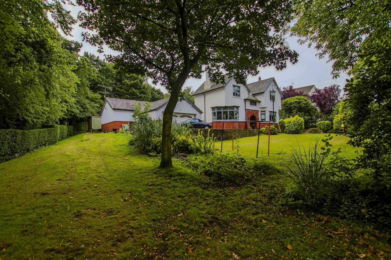 4 Bedroom Detached House For Sale - Image 12